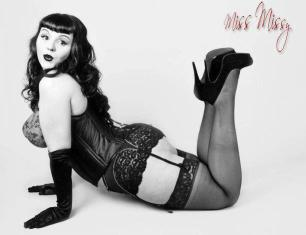 Burlesque beauty Black Mariah
